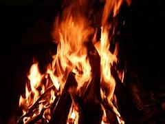 fireplace-615228__180